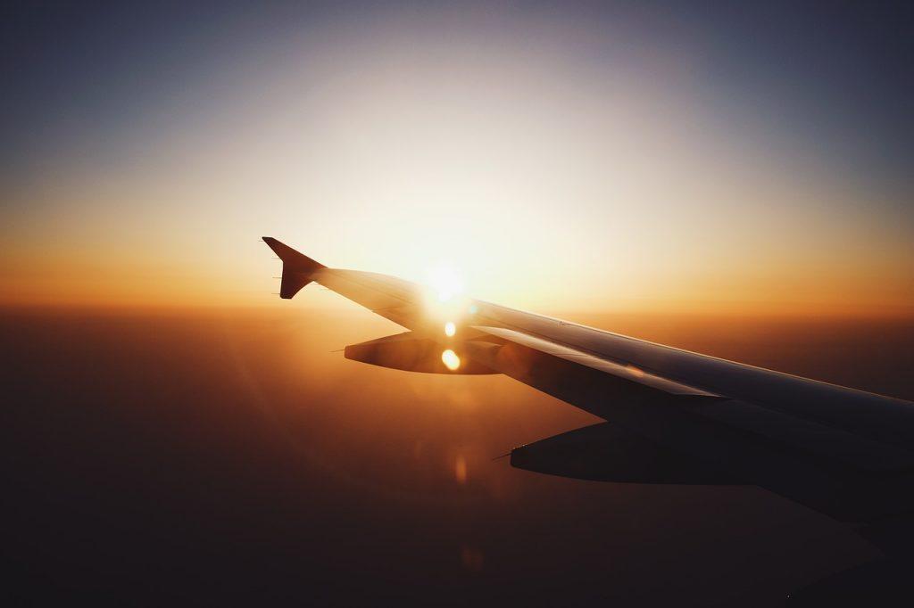 airplane_1508532615-1024x682