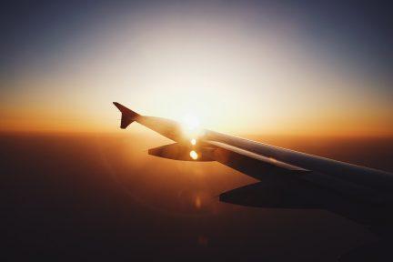 airplane_1508532615-432x288